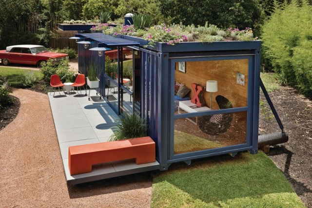 Shipping-Container-Guest-House- (640x427)